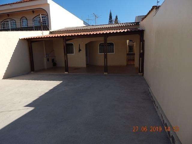 02 casas no lote na QNL 05 BL H R$ 1.800,00