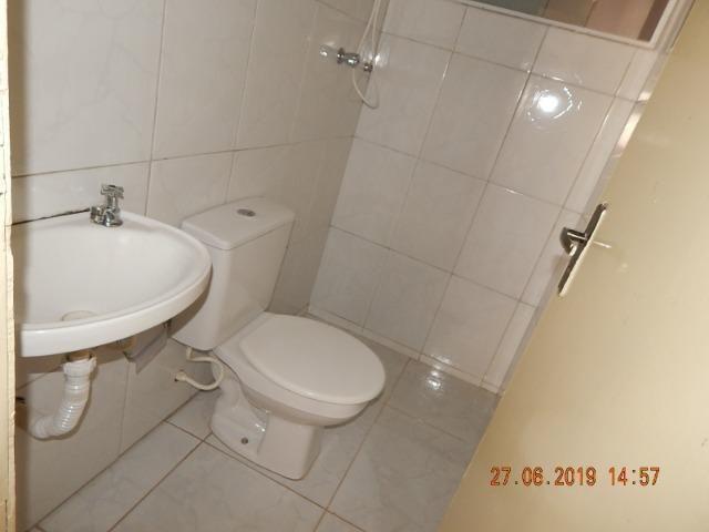 02 casas no lote na QNL 05 BL H R$ 1.800,00 - Foto 13