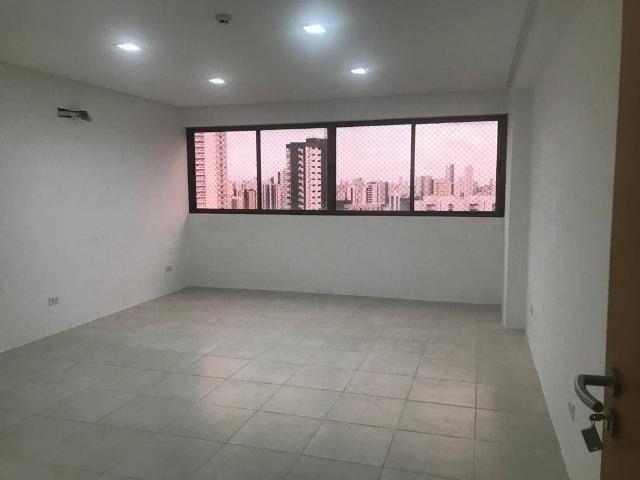 Sala com 30m² em Empresarial em Casa Amarela - Prédio Novo - Foto 4