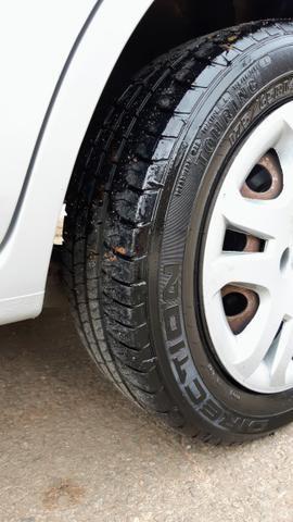 Ford Fiesta Sedan 1.6 2012/12 Prata Completo - Foto 14