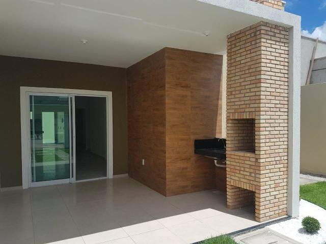 Excelente casa localizada a 200 m da Washington Soares - Foto 5