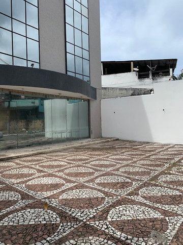 Aluguel prédio Rio Vermelho/Lucaia - c/ Lojao Terreo e Mezanino Área Total 600m2  - Foto 4