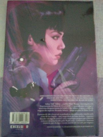 Livro Blade Runner novinho com plástico - Foto 2