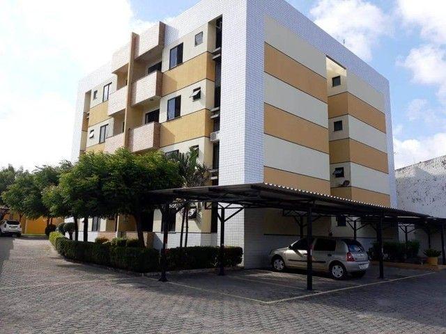 Apartamento com 3 dormitórios à venda, 60 m² por R$ 170.000,00 - Cidade dos Funcionários -