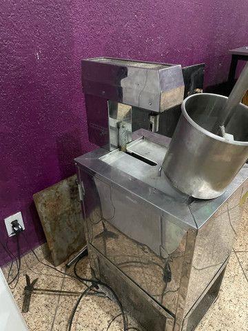 Vendo máquina de sorvete e picolé 110volts