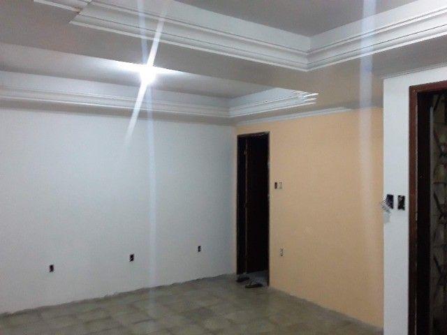 Casa na Rua Lauro Vilas Boas, Liberdade. - Foto 2