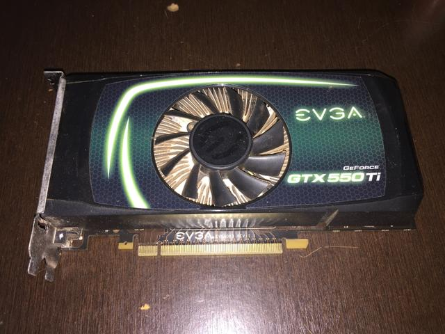 Vendo Placa de vídeo GTX 550 ti