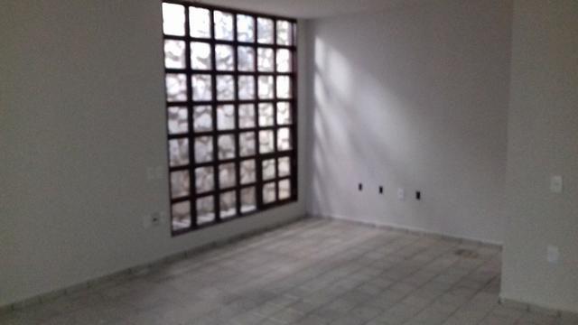 Prédio Comercial com 06 salas na Avenida Tomás Espíndola, Farol - Foto 5
