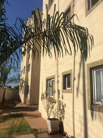 Vendo Apartamento Res. JK . rua Santo Antonio - Foto 2