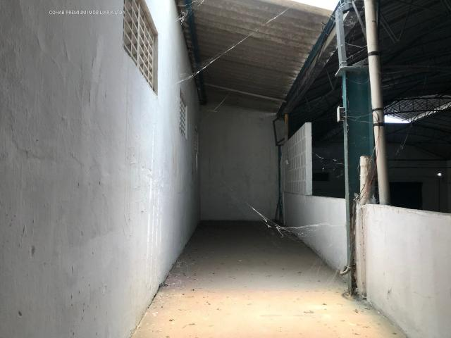 Galpão no bairro industrial, com +-700m² - Foto 11
