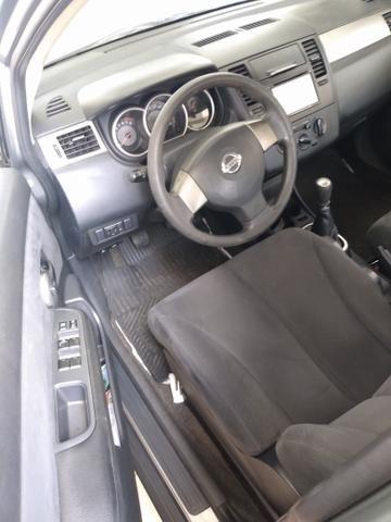 Nissan Tiida Hatch - Foto 9