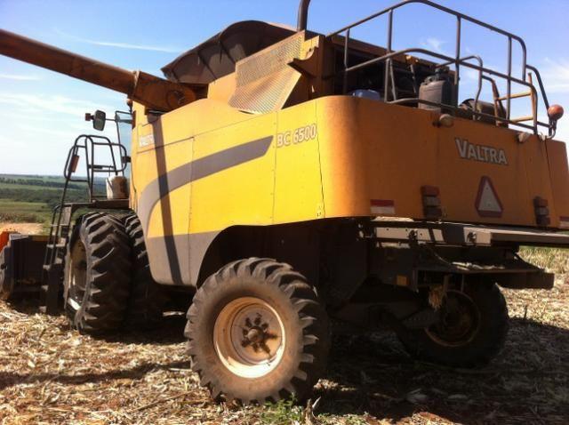 Colheitadeira Valtra 6500 - plataforma de 25 pes - Impecavel!!! - Foto 5