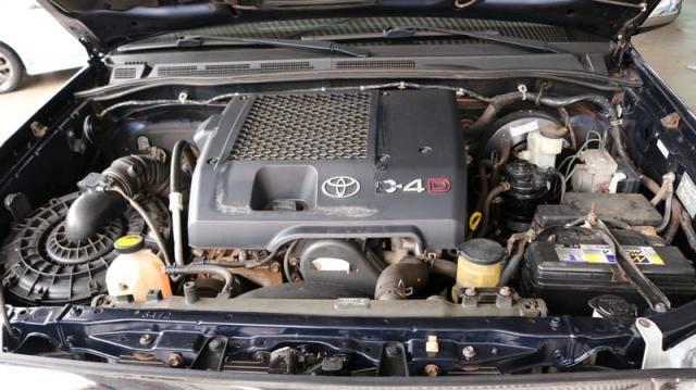 TOYOTA HILUX CD SRV D4-D 4X4 3.0 TDI DIESEL AUT - Foto 8