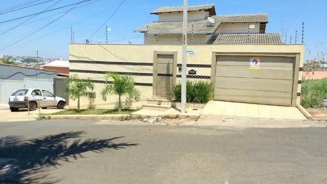 Cód. 5876 - Casa no São Carlos - Foto 2