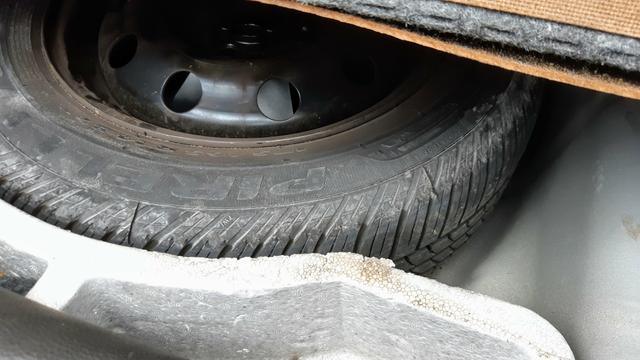 Ford Fiesta Sedan 1.6 2012/12 Prata Completo - Foto 12