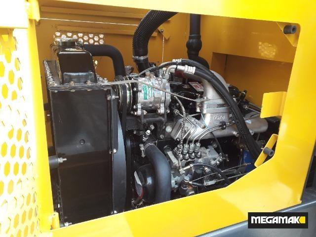 Pá Carregadeira 1800kg C/Ar Condicionado, 0km - Pronta Entrega - Foto 5
