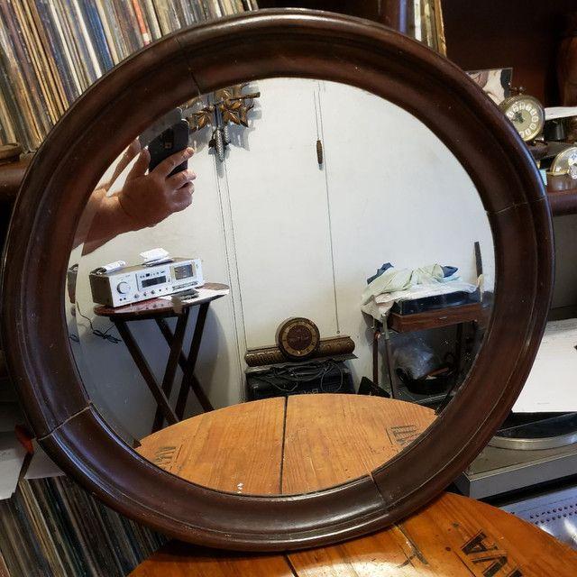 Espelho bisotê estilo Sérgio Rodrigues em madeira Jacarandá.  - Foto 5