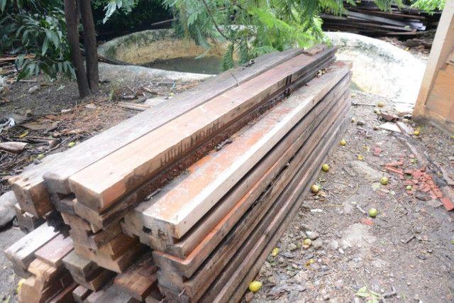 Colunas de madeira de lei, de demolição - Foto 2
