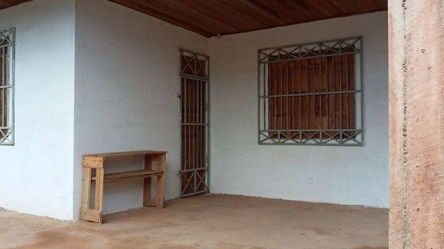 vende-se casa com 02(dois) dormitórios no Alfaville, Fazendinha. - Foto 3