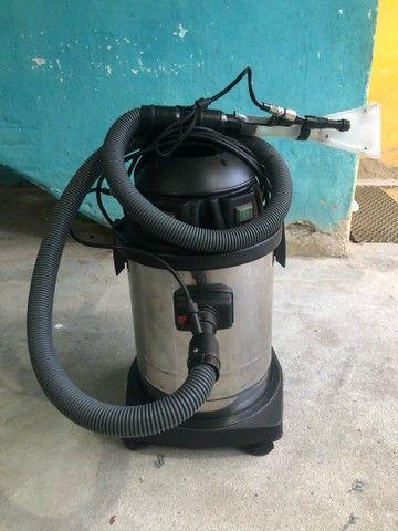 Extratora para lavagem de estofados