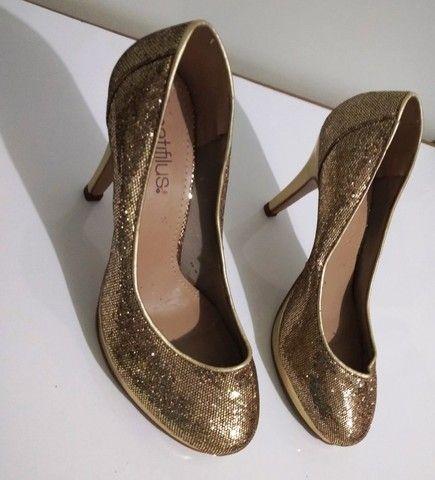 Sapato de Festa Dourado (Brilhante) Spatifilus Tamanho 37 - Foto 5