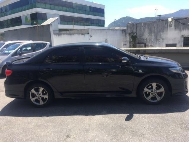 Toyota Corolla xrs 2.0 flex automatico top com gnv 5 geraçao muito novo preço real - Foto 6