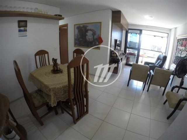 Apartamento com 87 m², 3/4 (sendo 01 suíte e 01 reversível), na Ponta Verde. REF: C4114