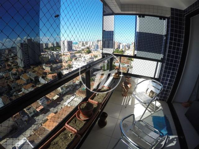 Apartamento com 87 m², 3/4 (sendo 01 suíte e 01 reversível), na Ponta Verde. REF: C4114 - Foto 3