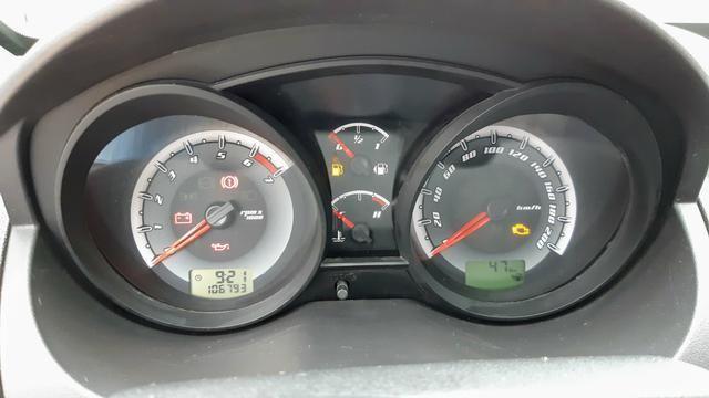 Ford Fiesta Sedan 1.6 2012/12 Prata Completo - Foto 5