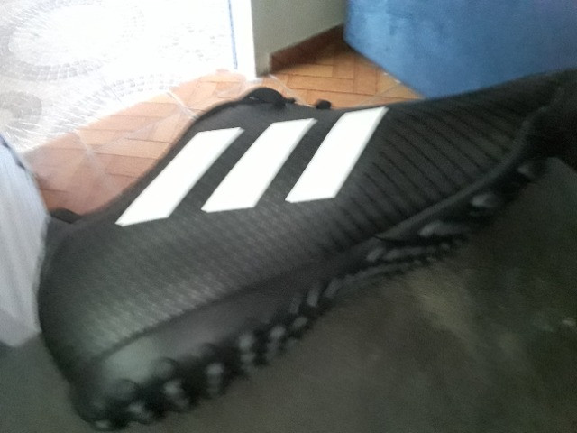 Chuteira Adidas - Foto 3