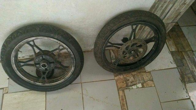 Pra vender logo toda filé com pneus do jeito que tá ai - Foto 3
