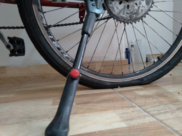 Bicicleta motorizada (motor com defeito/ pneu traseiro furado) - Foto 3