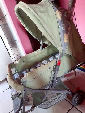 Carrinho de bebê semi novo  - Foto 6