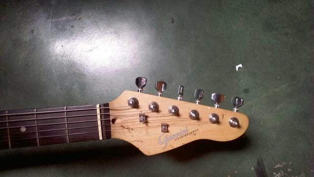 Guitarra giannini G 101
