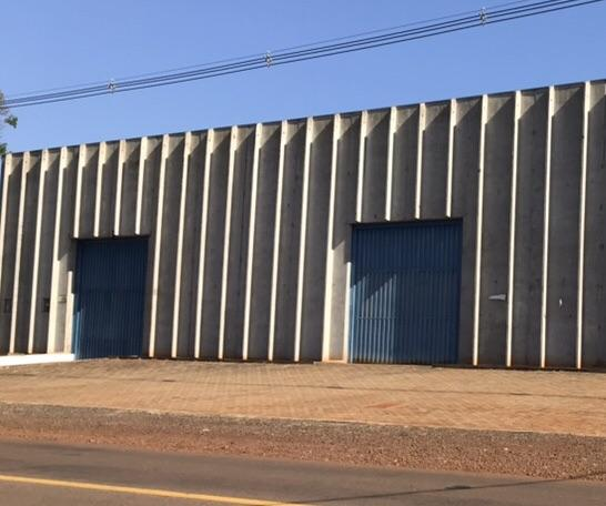 Alugo barracão novo com 1.500 m2 em Cambé