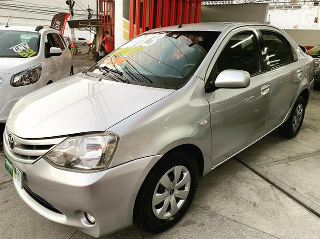 (Junior Veículos)Toyota Etios Sedan Xs 1.5 Completo+Gnv