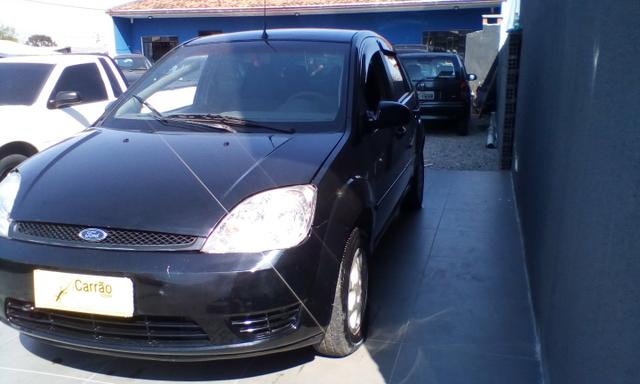 Ford fiesta sedan 2005
