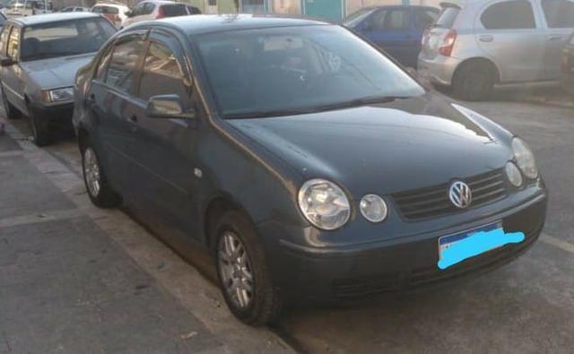 Vw Polo 2004 /GNV/ Bco de Couro - Foto 2