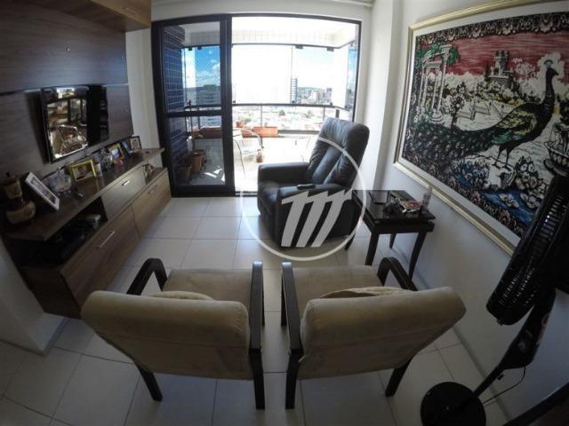 Apartamento com 87 m², 3/4 (sendo 01 suíte e 01 reversível), na Ponta Verde. REF: C4114 - Foto 2