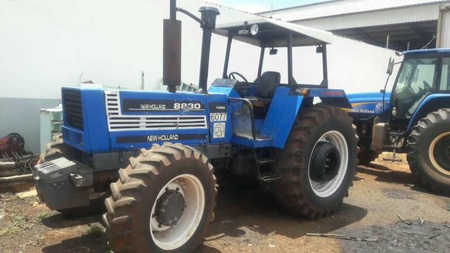Trator new holland 8830