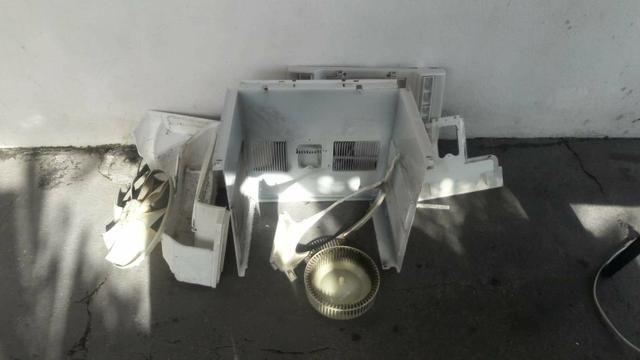 Limpeza e Manutenção em Ar Condicionado de Janelas - Foto 3