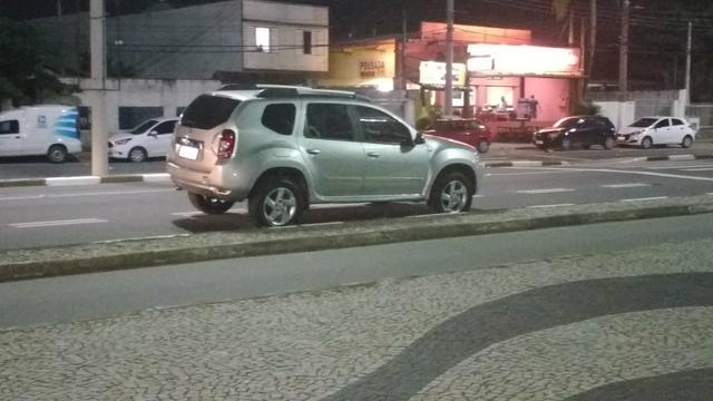 Renault Duster 1.6 flex ano 2014 - Foto 3