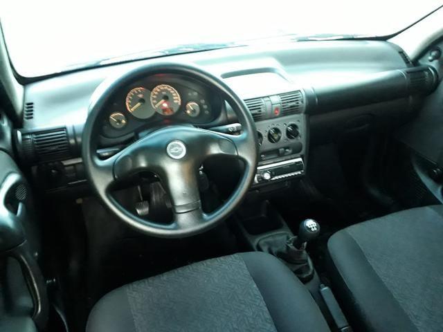 Corsa Sedan Spirit com ar condicionado e direção hidráulica, revisado, conservado - Foto 5