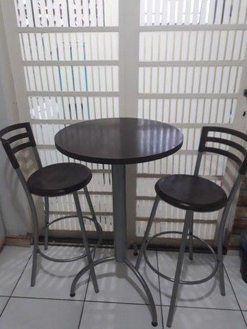 Vendo Bistrô/ mesa com 2 banquetas - Foto 3