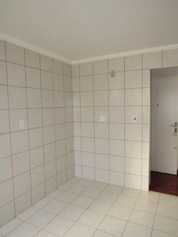Apartamento para alugar com 3 dormitórios em Zona 07, Maringa cod:02132.001 - Foto 8
