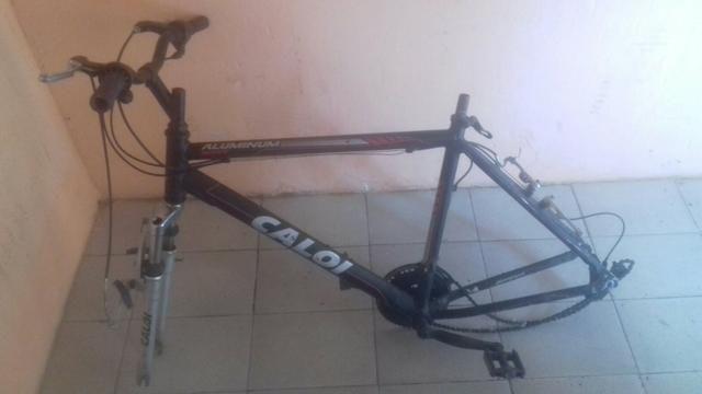 Bicicleta quadro novo da Caloi 250 reais