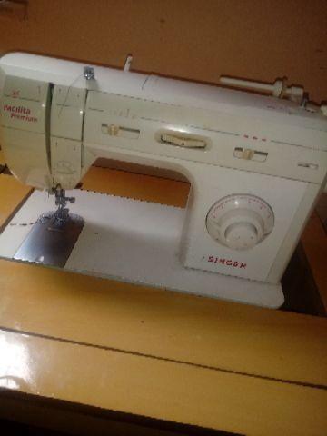 Maquina de costura usada