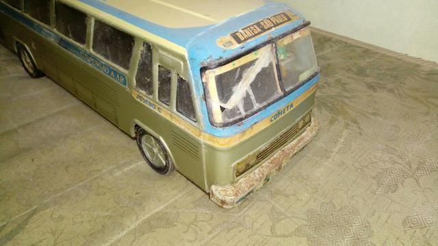 Para colecionador, onibus de brinquedo raridade Banesa apenas com marcas do tempo
