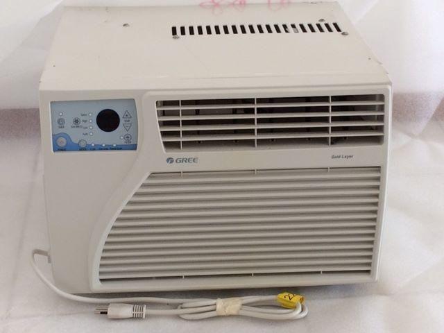 Ar Condicionado Janela Gree 7000 BTUs Frio Eletrônico - 220 Volts Semi-novo