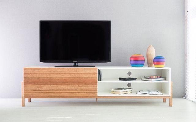 Rack TV Moderno Eric 1800 MDF Branco Porta de Madeira de Correr NOVO